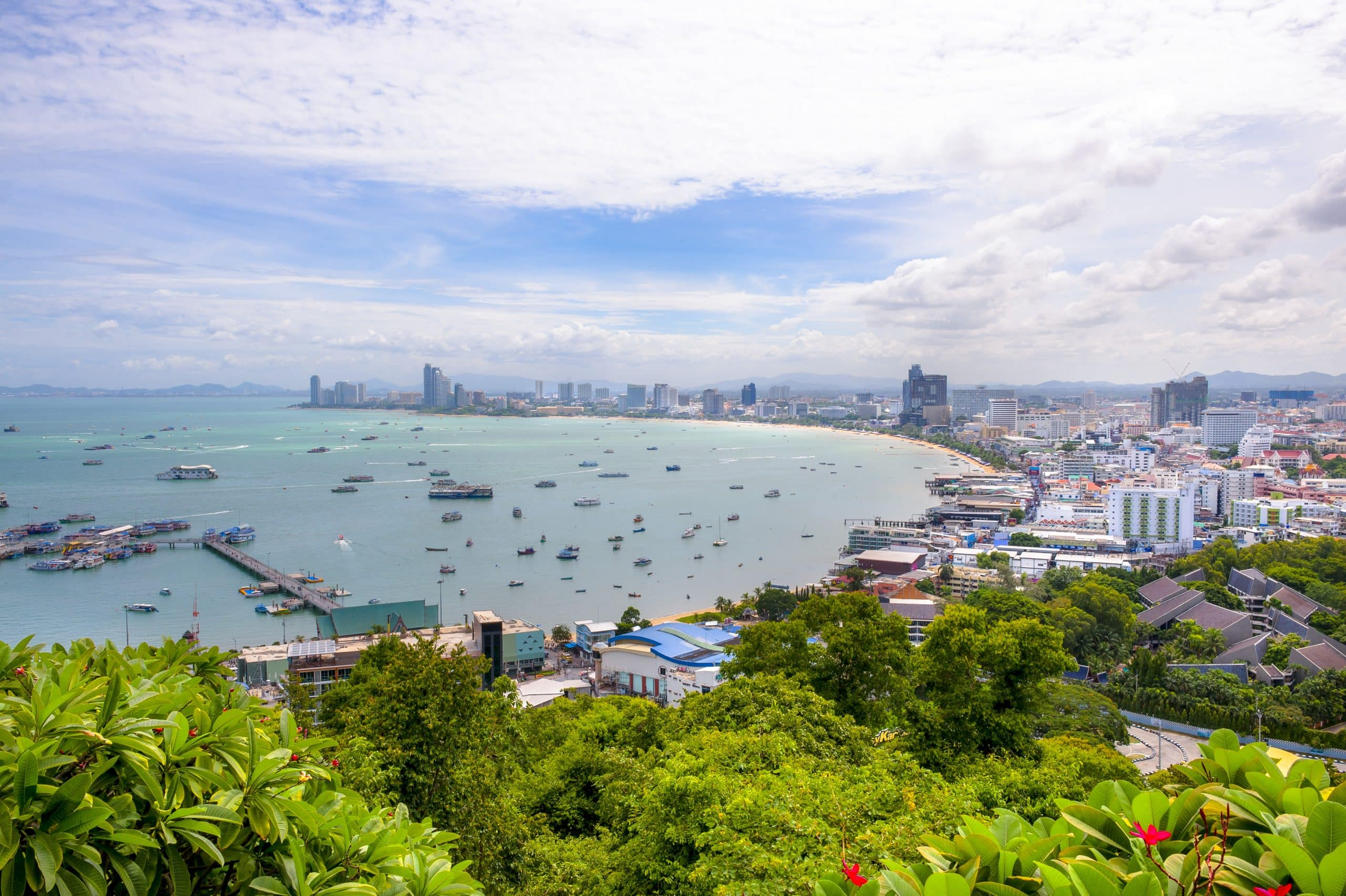 visiting pattaya thailand sin city Pattaya aka fun town aka sin city  to the best of my ability about pattaya and thailand  people about the places i visit but inform.